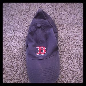 Used Boston Red Sox Baseball Hat. ⚾️